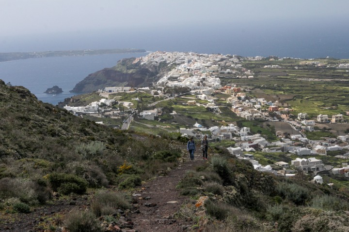 The Ultimate Santorini Hike: Fira toOia